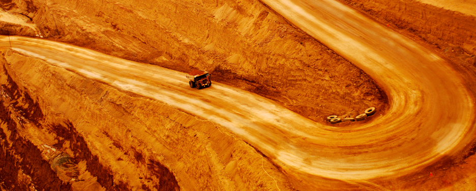 EY - Managing mining risk in an era of transparency