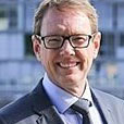 Jeff Ellison, Chief Executive Officer and Managing Director, SeaLink Travel Group, EY