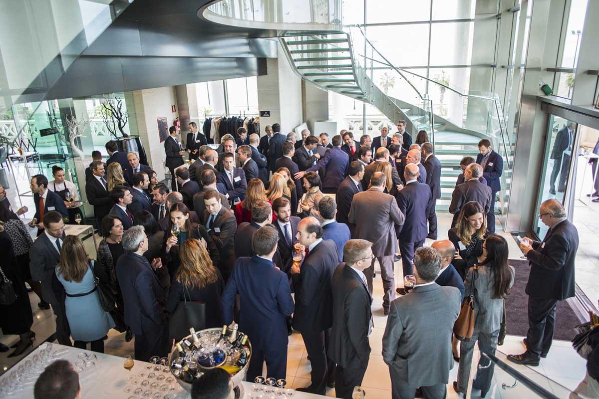 EY - Más de 100 personas asistieron el pasado 23 de noviembre a la edición regional de la Comunidad Valenciana y la Región de Murcia del Premio Emprendedor