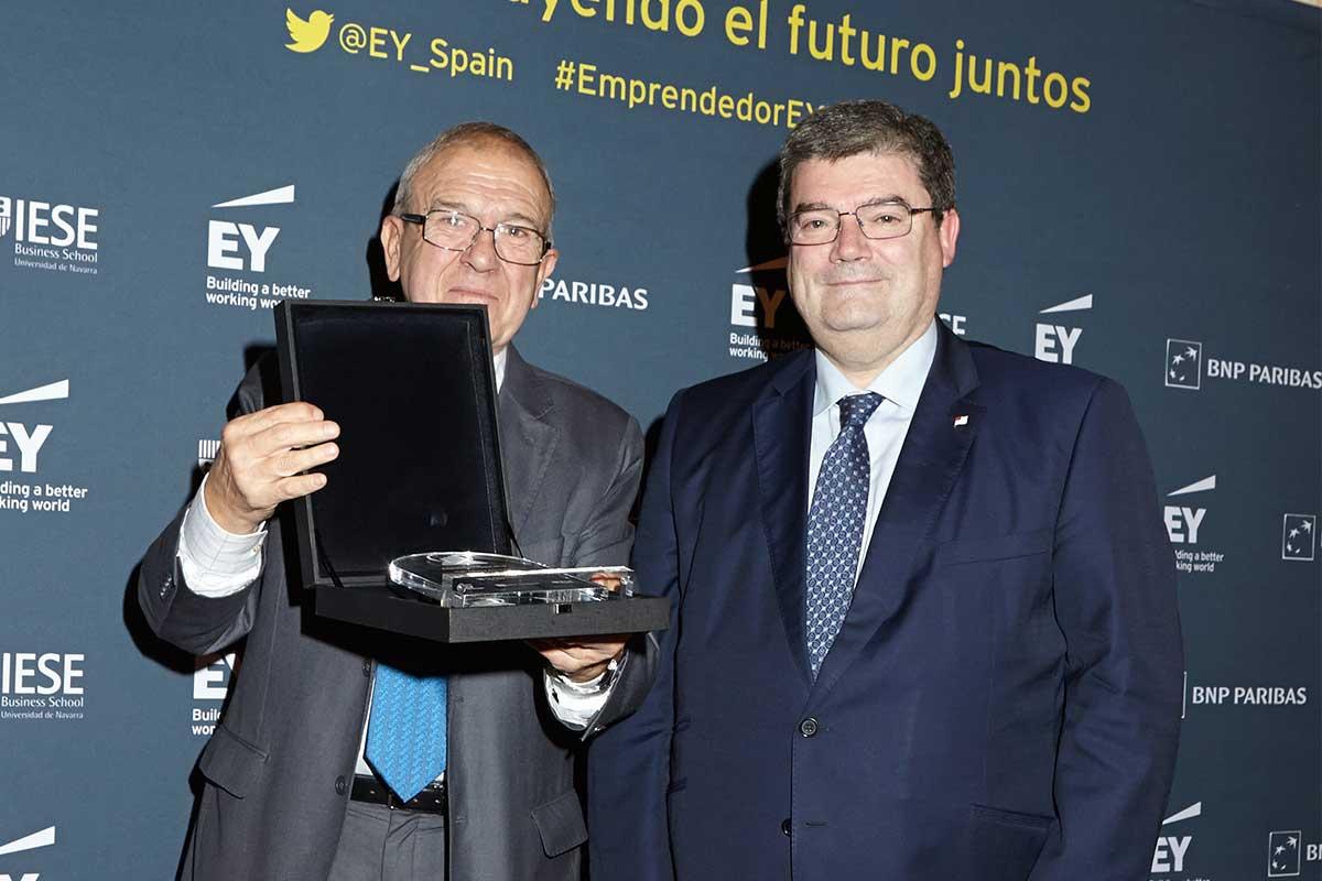 EY - Iñaki Alkorta, Presidente de Gureak; Juan Maria Aburto, Alcalde de Bilbao