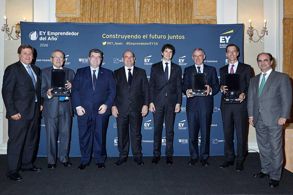 EY - De izq. a dcha: Javier Larrañaga, Iñaki Alkorta, Juan Maria Aburto, Pedro Jose Martínez, Unai Rementeria, José Galindez, Pablo Burgos, Luis Arias