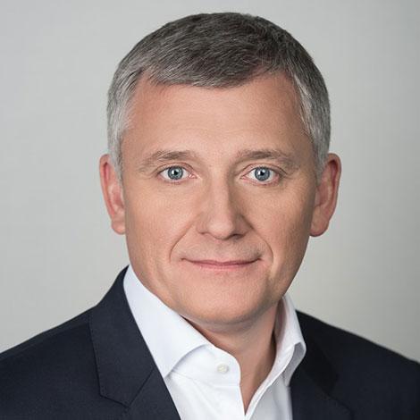 Raport EY - Polskie przedsiębiorstwa wczoraj i dziś