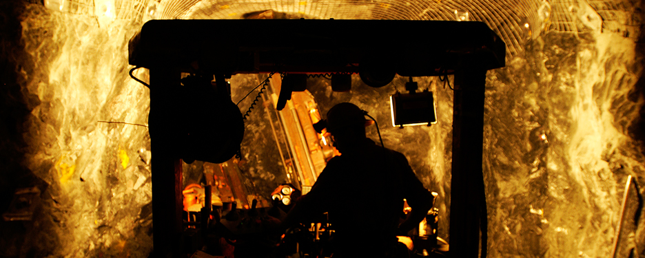EY - M&A and capital raising in global mining and metals