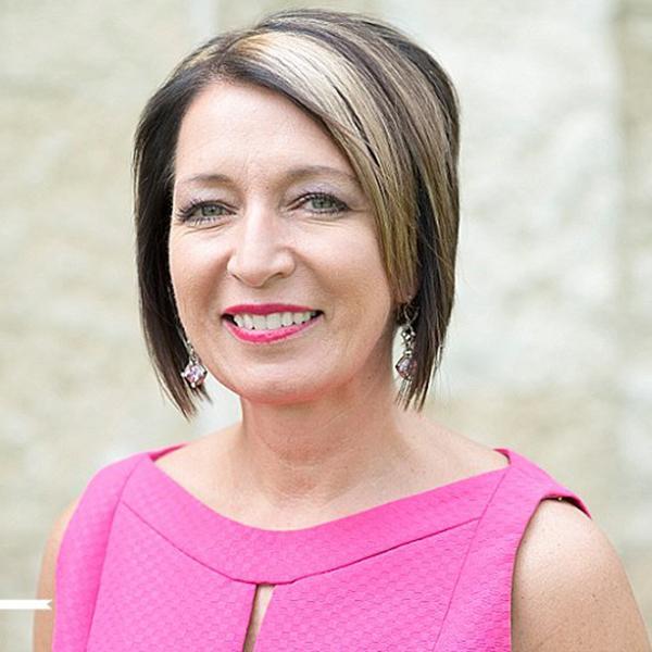 Jeanette DeBruin