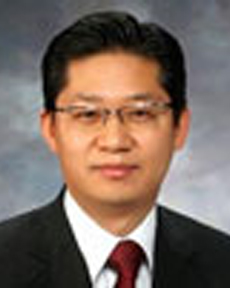 Jong Yeol Park, Managing Partner, Financial Services - EY Korea