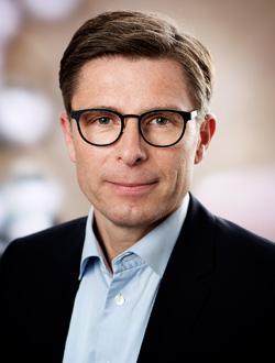 EY - Peter Vekslund
