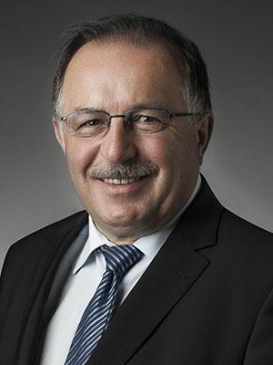 EY - Bárány László