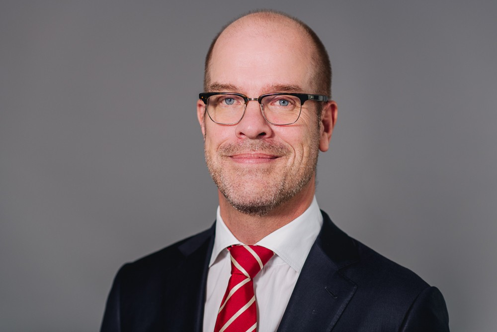 Georg Janssen biography EY PO