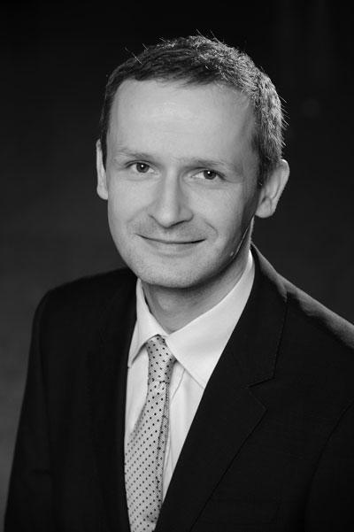 EY - Marcin Bizoń