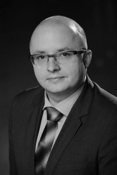 EY - Tomasz Dyrda