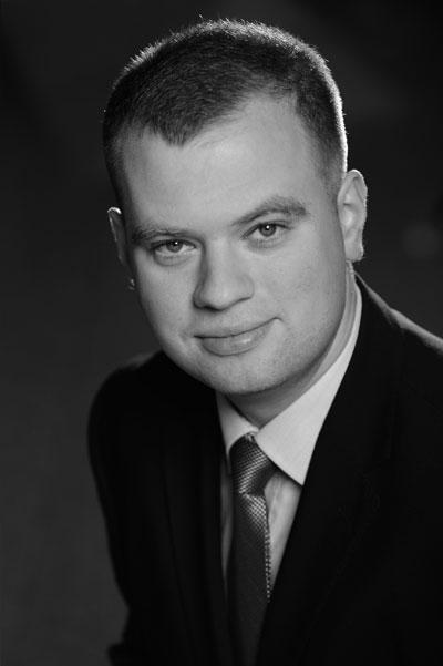 EY - Piotr Płatek